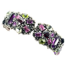 37277a - Signed Hollycraft 1954 Purple Green Rose Red Yellow Hinged Bracelet