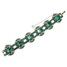 37475a - Chunky Hollycraft 1953 Green Emerald Color Stones & Half Pearls Bracelet