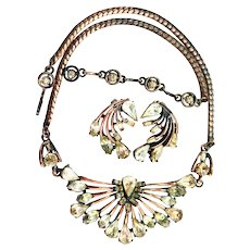 37730a - Hollycraft 1958 Jonquil/Clear Stones Copper Tone Necklace/Earrings Set