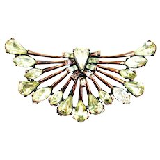 37750a - Hollycraft 1958 Jonquil/Clear Stones Copper Tone Half Circle Brooch/Pin