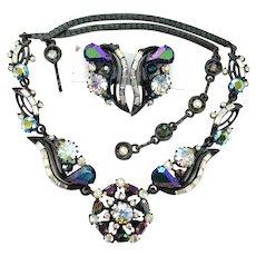 37895a - Blazing HOLLYCRAFT 1957 Black/Blue AB & Clear AB Necklace & Earrings Set