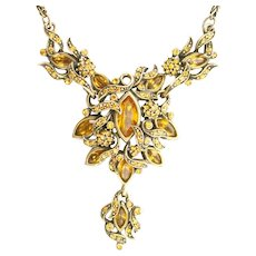 38152a - HOLLYCRAFT 1950 Topaz Colored Medallion Necklace With Pendant
