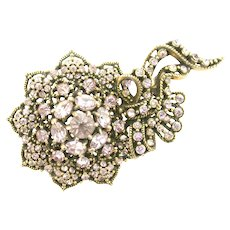 38254a - HOLLYCRAFT 1950 Light Amethyst (Lavender) Stone Flower With Bow Brooch