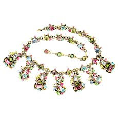 38930a - HOLLYCRAFT 1957 Multi Color Patel Rhinestones 7-Pendant Necklace