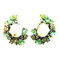 39356a - Hollycraft 1951 Peridot Green Stones & Opal Cabochon Clips Earrings
