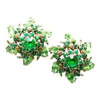 39570a - Hollycraft 1952 Peridot & Emerald Green Rhinestones Clip Back Earrings