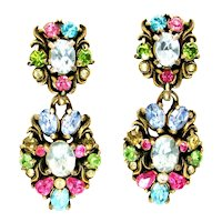 40211a - HOLLYCRAFT 1950 Pastel Color Rhinestones Dangle Clip Earrings