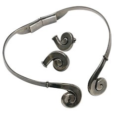 Margot de Taxco Signed Sterling Silver Pattern 5580 Swirl Choker Necklace & Matching Clip Earrings