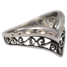 Sterling Silver Pointed Decorative Ring - Size 7.5