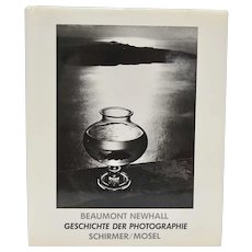"c1984 ""Geschichte Der Photographie"" The History of Photography Hardcover Book w/ DJ by Beaumont Newhall"