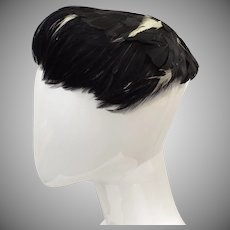c1940s Kutz Signed Black & White Feather Ladies Curvette Hat