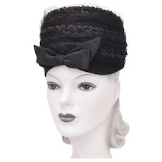 c1960s Kutz Signed Black Raffia Straw & Large Bow Netted Veil Toque Hat