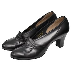 c1940s Retro Era Mooney & Gilbert NYC Designer Genuine Black Leather Loafer Style Heels or Pumps - Size 7AAAA