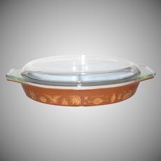 Pyrex Early American ~ 1.5 QT Divided Dish with Lid