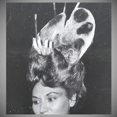1960s Surreal Hand In Hair Art Palette ~ Orig 8 x 10 Beauty Contestant Photograph