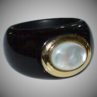 14K Gold Chunky Black Onyx and Mother of Pearl Dome Ladies' Ring ~ Size 6.5