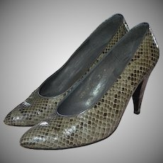 Charles Jourdan Gray/Black Snakeskin Leather Classic Pumps / Heels