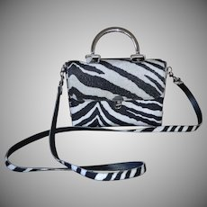 1970s Made in USA Black & White Zebra Pattern Textured Fabric Purse