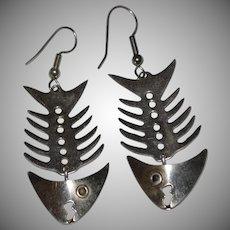 Alpaca Silver Mexico Fishbone Dangle Pierced Earrings