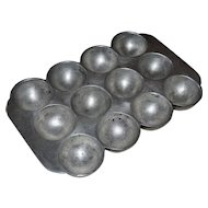 Wagner Ware 472 F Muffin Gem Cast Iron Baking Cookware Pan