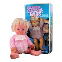 """17"""" Baby Won't Let Go 1977 Kenner Complete Accessories Box HTF"""