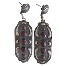 Vintage Navajo Earrings-Spiny Oyster Stones