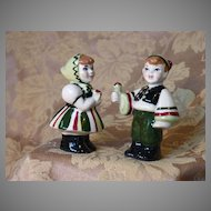 Vintage Salt and Pepper Shakers from Ceramic Arts Studio