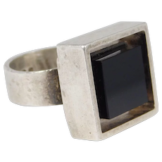 1970 English Cubist Modernist Onyx Ring Signed Sterling