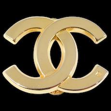 Vintage CC Coco Chanel Gold Logo Pin Classic Design