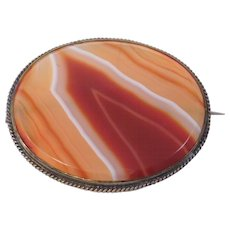 Gorgeous Victorian Large Banded Hardstone Agate Brooch