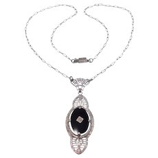 Sterling Filigree Art Deco Carved Onyx Necklace Pretty
