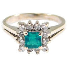 Beautiful 14k Fine Emerald And Diamonds Ring Estate Piece