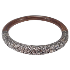 Fabulous Old Chinese Rattan Silver Bangle With Repousse Bats