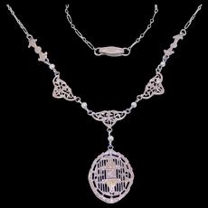 Elegant Edwardian White Gold Filigree Diamond Seed Pearl Lavalier