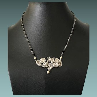 Art Nouveau Floral Silver Pendant Necklace