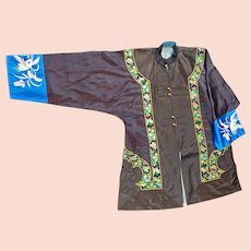 Vintage 1940s Chinese Black and Blue Handmade Silk Women's Jacket with Embroidered Sleeves and Brocade