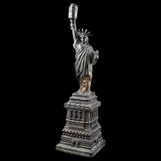 Early cast metal Statue of Liberty lamp circa 1920