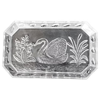 EAPG Clear Serving Dish with Swan late 19th Century
