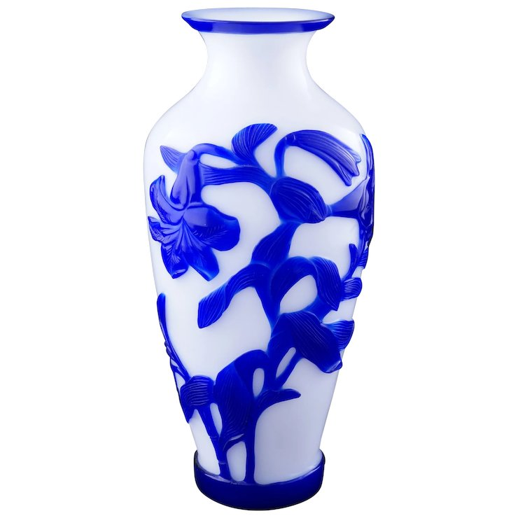 Early 20th Century Blue Overlay Chinese Peking Glass Vase With Lily