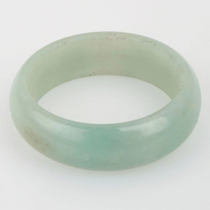 pale and buying emerald green gemstone guide gemstones facts