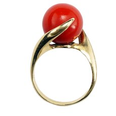 Vintage 1960s Red Coral and 14k Gold Ring