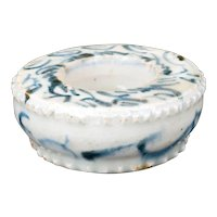 Chinese Ming blue and white porcelain inkwell 15th/16th century