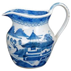 Chinese porcelain blue and white Canton ware milk jug/pitcher 18th 19th century