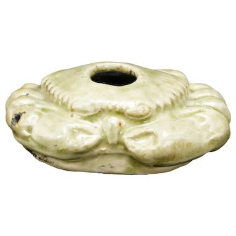 Republic Period Chinese Porcelain Crab Shaped Water Dropper