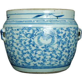 Large Chinese Kitchen Qing Blue and White Jar/Pot with Handles 19th Century