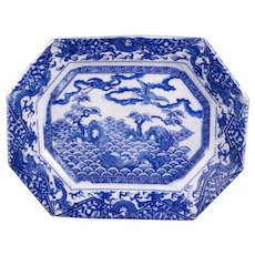 Blue and white Japanese Igezara porcelain stenciled octagonal platter with dragons circa 1900
