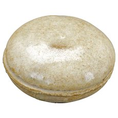 Small Chinese Song round celadon crackle glaze paste box 13th century