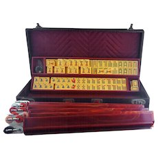 Vintage Mah Jong tournament set with 164 Bakelite tiles by TYL Manufacturing circa 1940