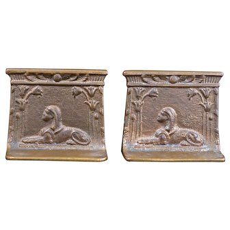 Egyptian revival Tutmania cast bronze bookends of sphinxes circa 1926