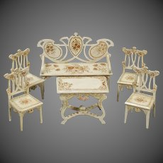 Parlor Suite from Paul Leonhardt circa 1900